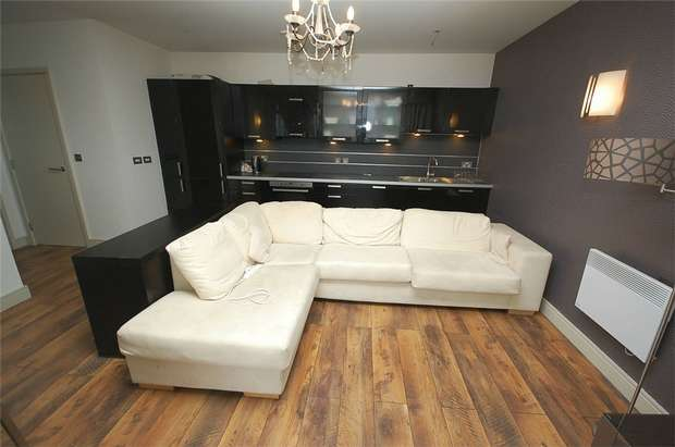 2 Bedrooms Flat for rent in Great Northern Tower, Watson Street, Manchester
