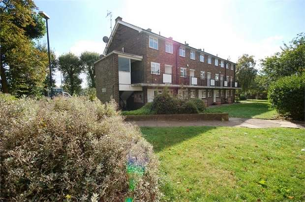 2 Bedrooms Flat for sale in Ellerslie Gardens, Uffington Road, Willesden, London