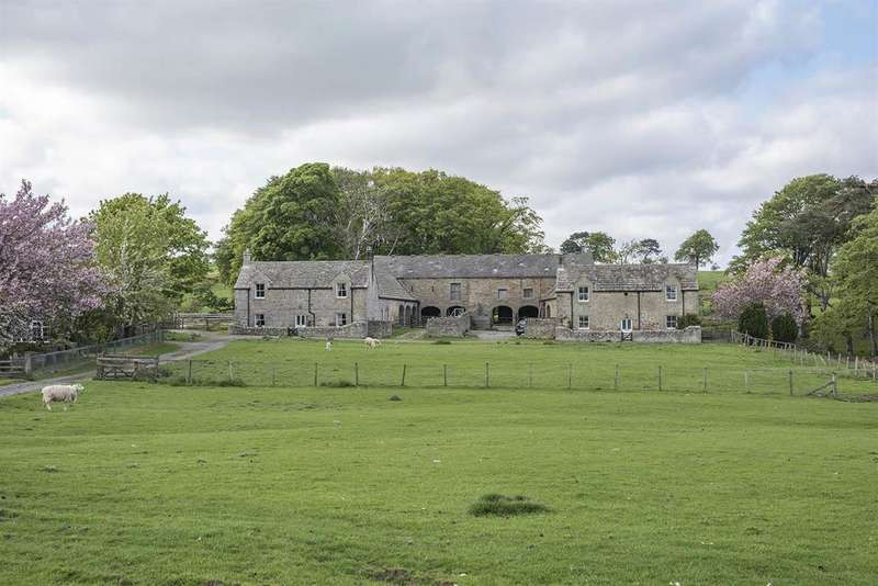 2 Bedrooms Farm House Character Property for sale in The Farmhouse, Sandyford Farm, Near Belsay, Northumberland NE20