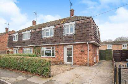 3 Bedrooms Semi Detached House for sale in Dennis Estate, Kirton, Boston, Lincolnshire