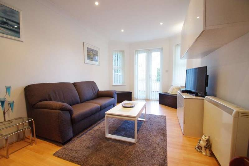 1 Bedroom Flat for sale in Ashcombe Court, Shanklin PO37