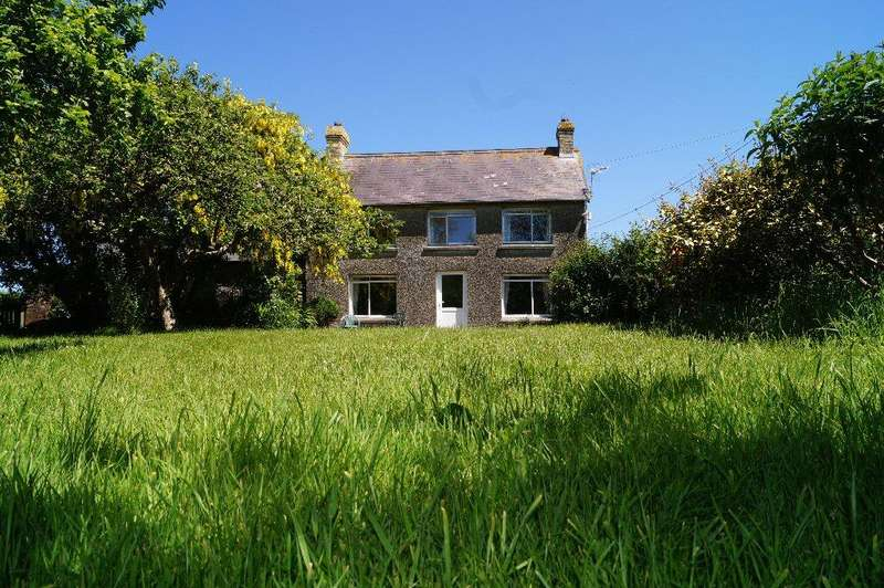 3 Bedrooms Detached House for sale in Tremain, Aberporth, Ceredigion SA43