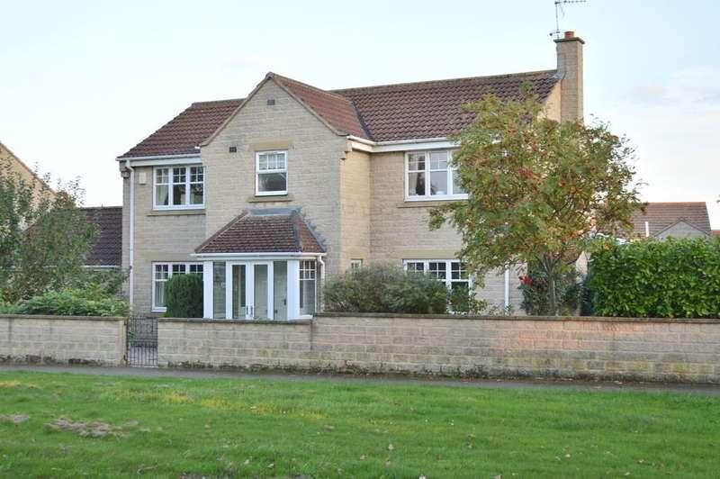4 Bedrooms Detached House for sale in Fitzwilliam Drive, Malton YO17