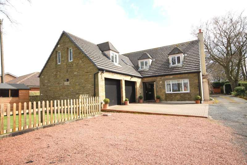 4 Bedrooms Detached House for sale in Beechgrove, Acklington, Morpeth NE65