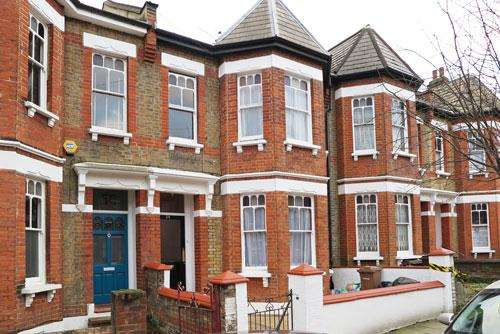 5 Bedrooms Terraced House for sale in Mildenhall Road, Hackney E5