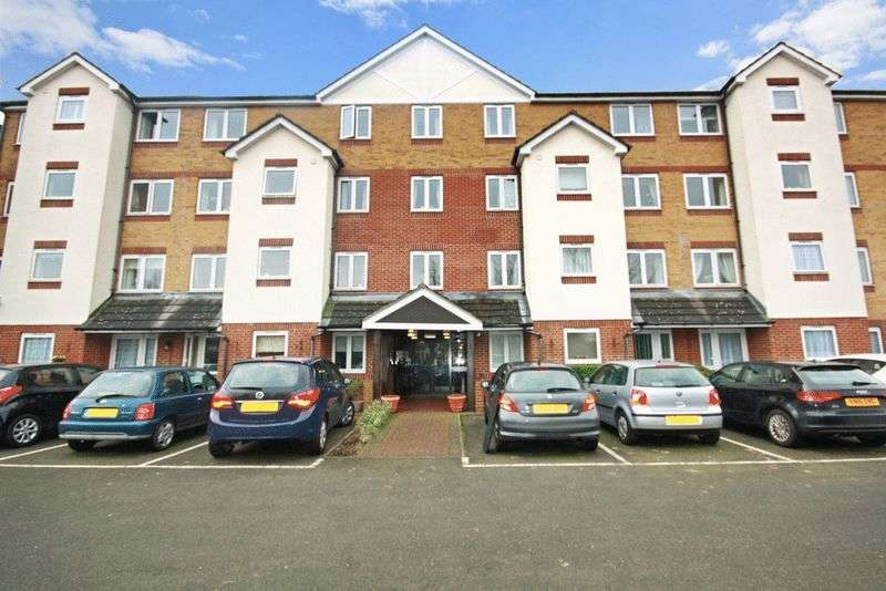 2 Bedrooms Retirement Property for sale in Crosfield Court, Watford, WD17 2DB