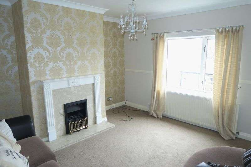 2 Bedrooms Terraced House for sale in Roman Road, Batley