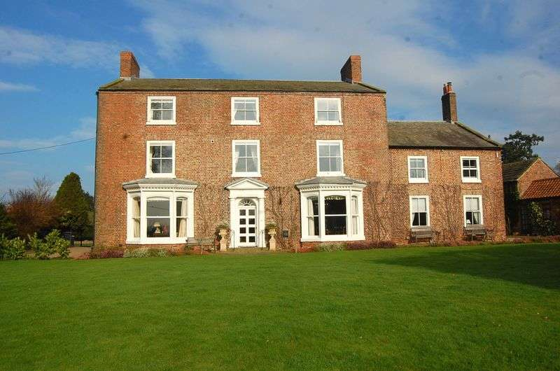 9 Bedrooms Detached House for sale in Skipton Bridge, Thirsk