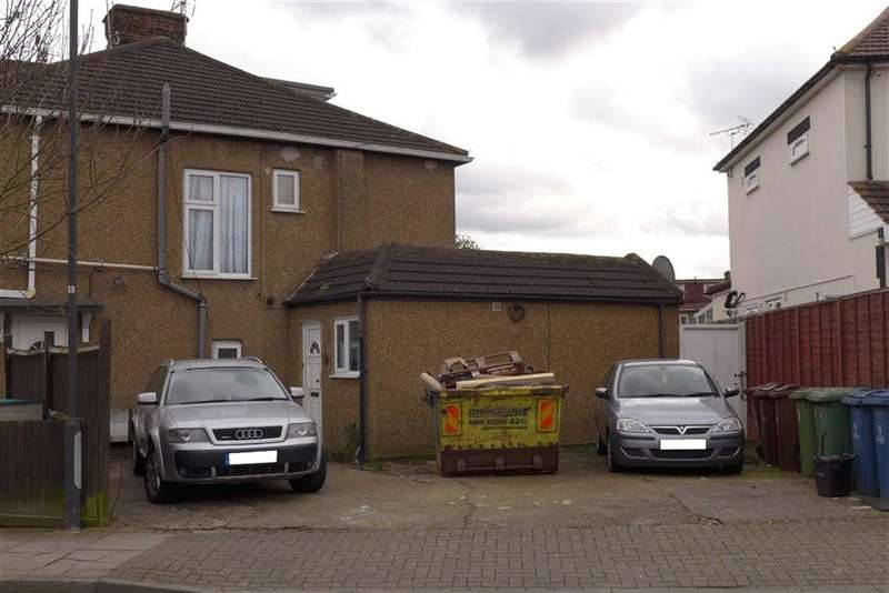 1 Bedroom Property for sale in Kingshill Avenue, Harrow, Middlesex