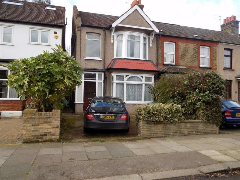 3 Bedrooms Semi Detached House for sale in Wellington Road, Enfield, EN1