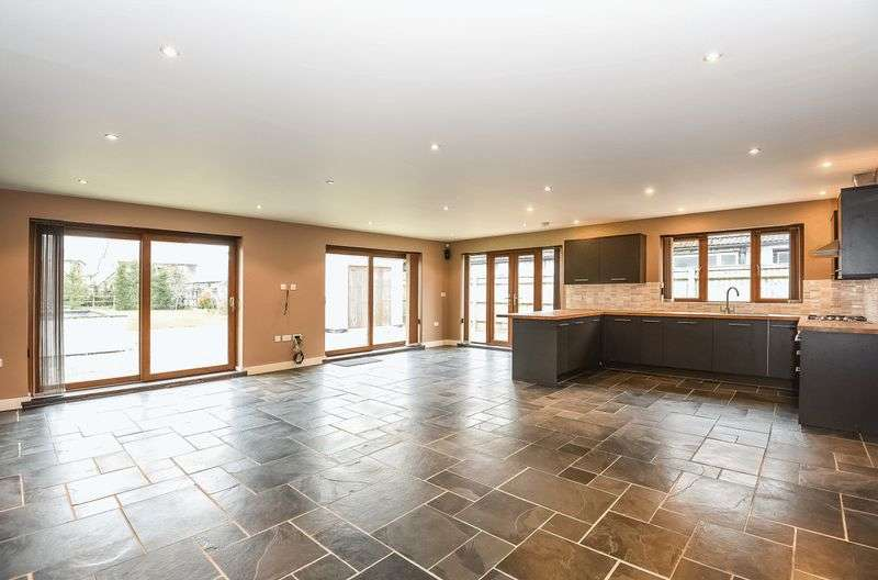 4 Bedrooms Detached House for sale in Milton Road, Sutton Courtenay