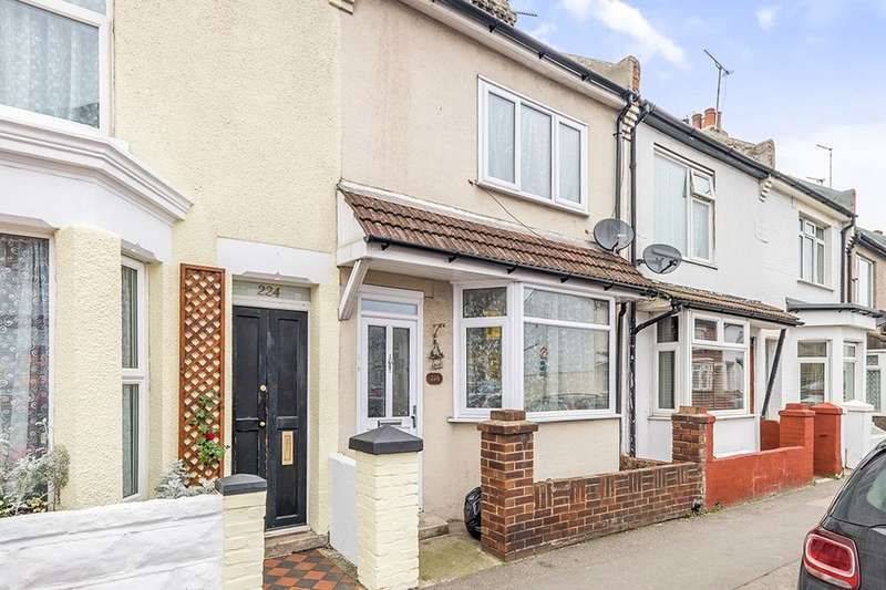 3 Bedrooms Property for sale in Gillingham Road, Gillingham, ME7