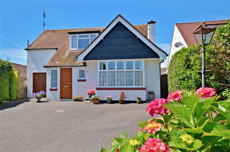 3 Bedrooms Detached House for sale in Broadmark Lane, Rustington, West Sussex