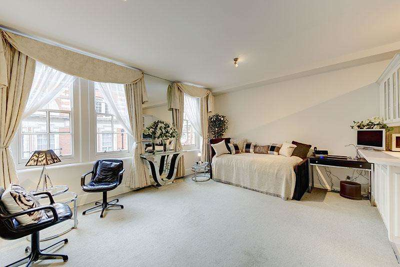 Studio Flat for sale in 1 Ambrosden Avenue, London SW1P