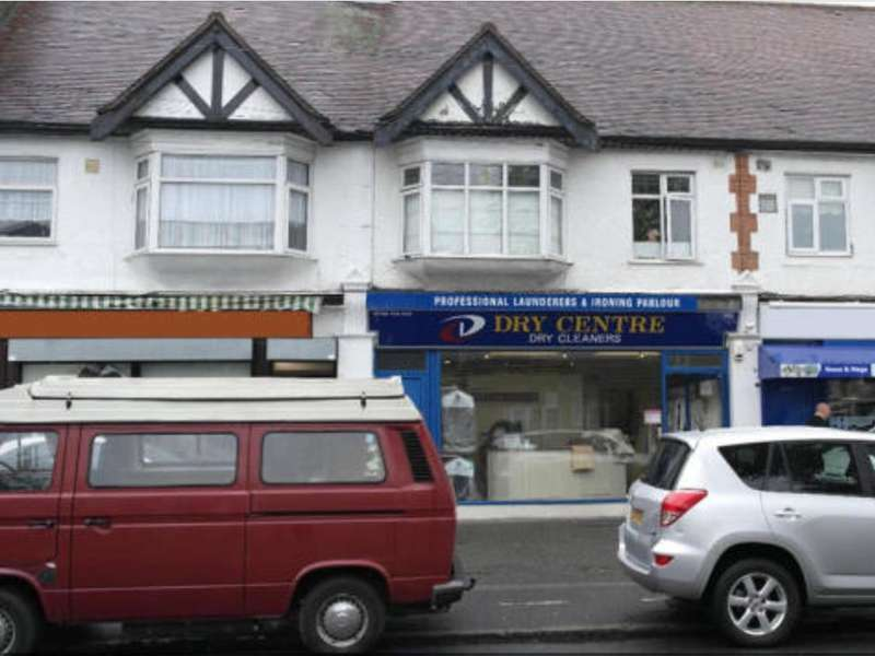 1 Bedroom Flat for sale in Lyndhurst Drive, Hornchurch, Essex RM11
