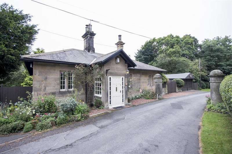2 Bedrooms Lodge Character Property for sale in North Lodge, Mill Farm Road, Hamsterley Mill, Rowlands Gill, Tyne and Wear NE39