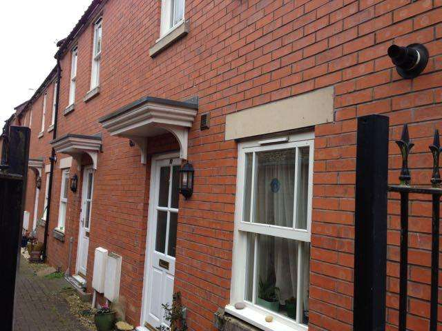 2 Bedrooms End Of Terrace House for sale in Avalon Mews, Glastonbury BA6