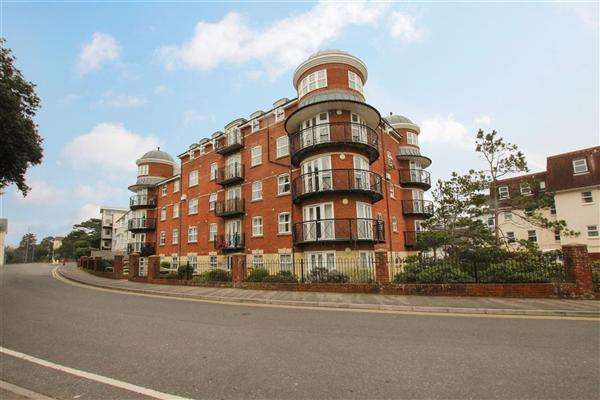 2 Bedrooms Flat for sale in Boscombe Spa Road, Bournemouth