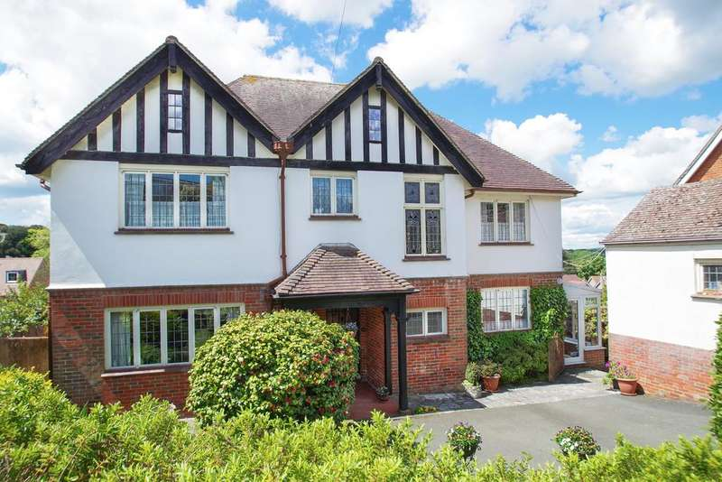 5 Bedrooms Detached House for sale in Nunwell Street, Sandown PO36