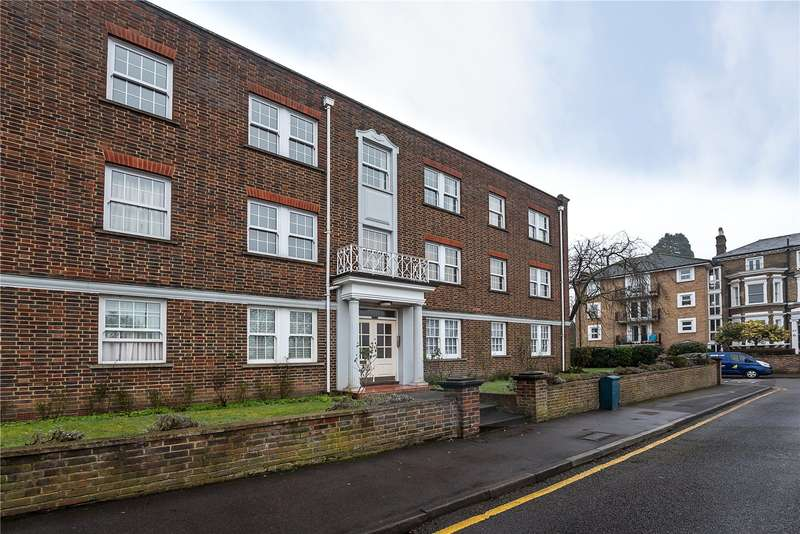 2 Bedrooms Flat for sale in Home Park Walk, Kingston upon Thames, KT1