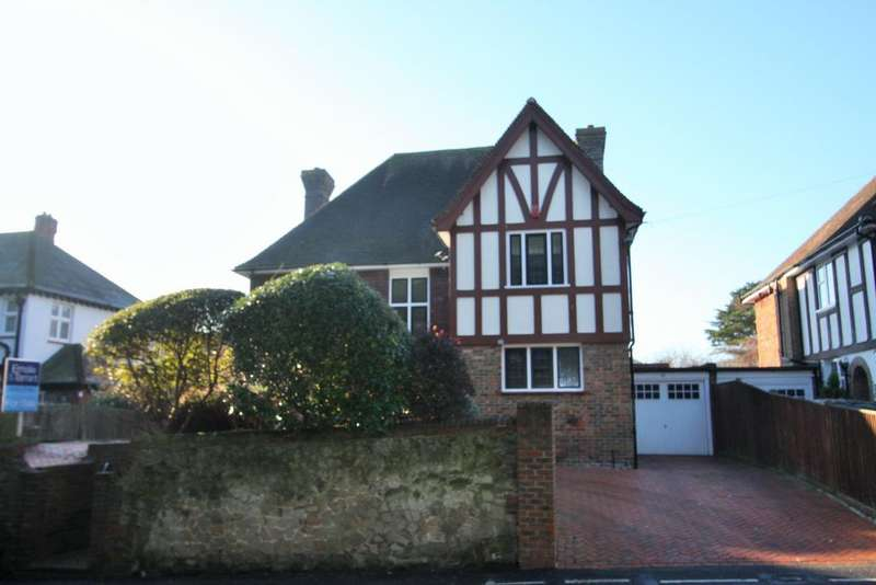 4 Bedrooms Detached House for sale in Eastbourne BN21