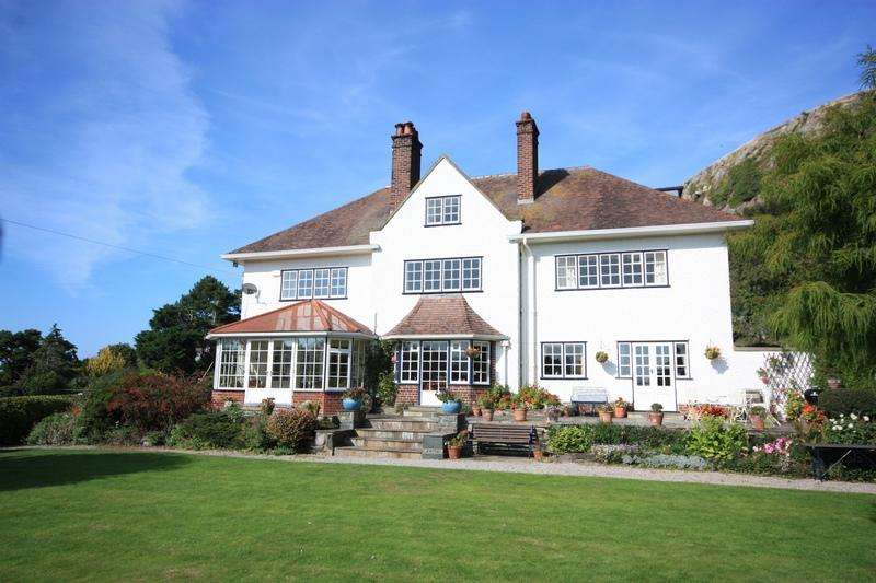 6 Bedrooms Detached House for sale in Gannock Park, Deganwy LL31