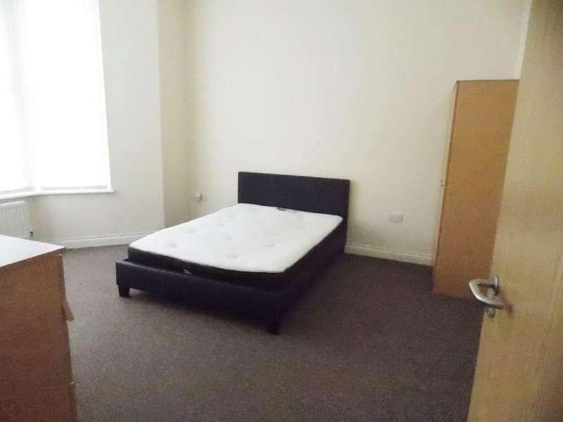 11 Bedrooms House for rent in 26 Llanbleddian Gardens