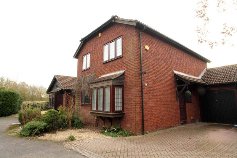 3 Bedrooms Detached House for rent in Ridlington Close, Lower Earley