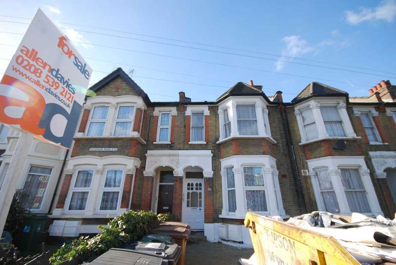 2 Bedrooms Flat for sale in Vicarage Road, London