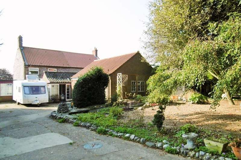 3 Bedrooms Semi Detached House for sale in Aylmerton