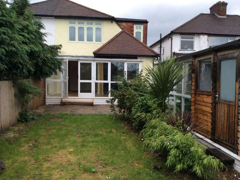 4 Bedrooms Semi Detached House for sale in London Road, North Cheam SM3