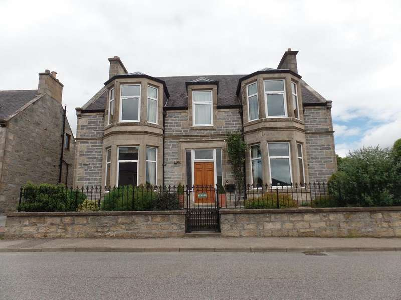 5 Bedrooms Detached House for sale in Benview, Louise Street, Dufftown AB55 4BE