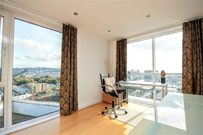 3 Bedrooms Flat for sale in Fleet Street, BRIGHTON, East Sussex