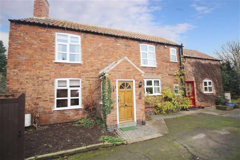 3 Bedrooms Detached House for sale in Cross Lane, Farndon, Newark, Nottinghamshire