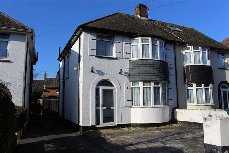 3 Bedrooms Semi Detached House for sale in Poplar Avenue, Hove, East Sussex