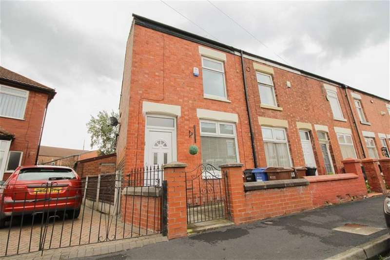 3 Bedrooms End Of Terrace House for sale in Lingard Street, Reddish, Stockport