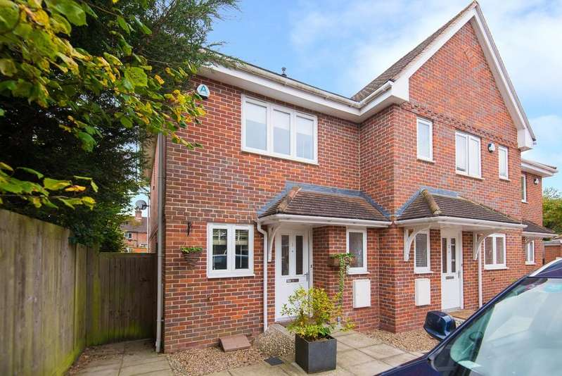 3 Bedrooms End Of Terrace House for sale in Beaconsfield