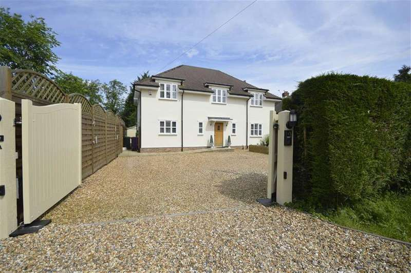 4 Bedrooms Detached House for sale in Sandon, Nr Buntingford