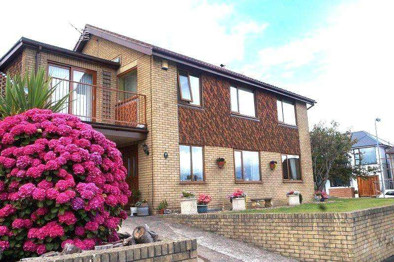 4 Bedrooms Detached House for sale in Heol-Y-Gaer , Barry, The Vale Of Glamorgan. CF62 6UH