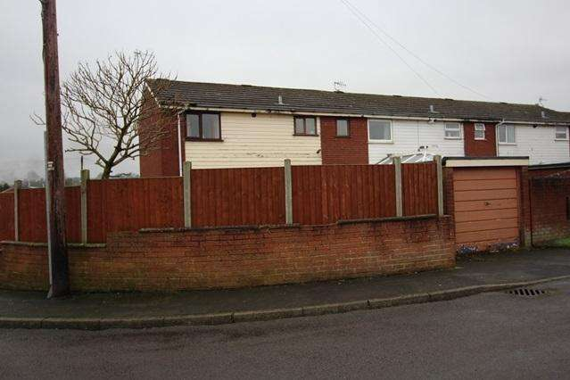 3 Bedrooms Semi Detached House for sale in PATRICK PLACE, BRINDLEY FORD, STOKE-ON-TRENT