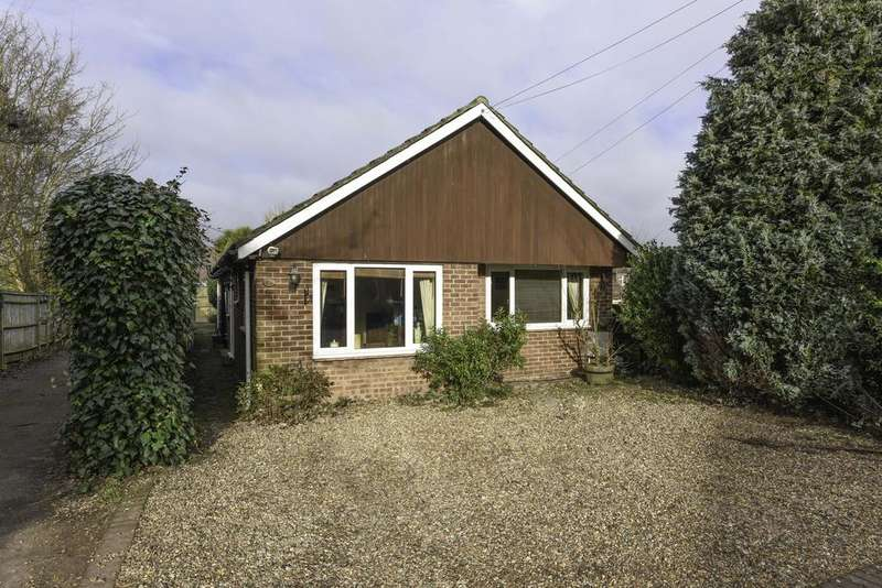 3 Bedrooms Detached Bungalow for sale in Dudley Road, WALTON ON THAMES KT12