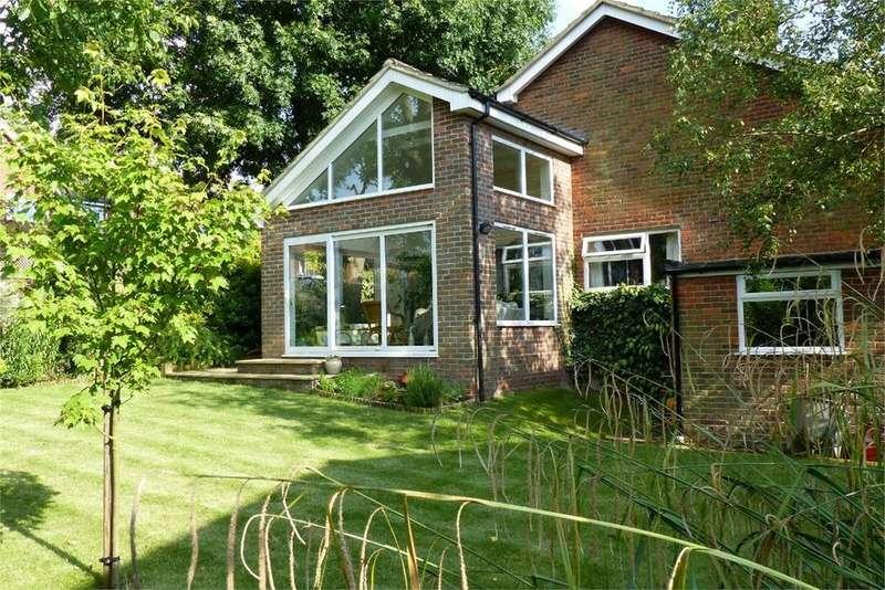 4 Bedrooms Detached House for sale in The Slade, Wrestlingworth, SG19
