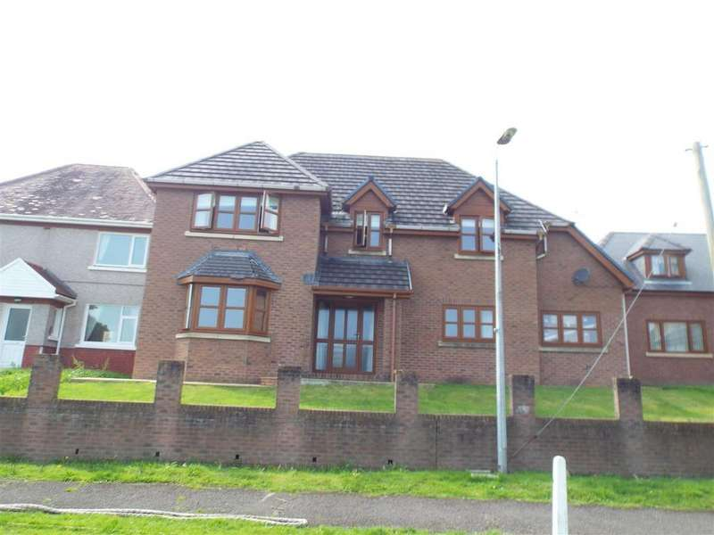 4 Bedrooms Detached House for sale in Nant Y Bryn
