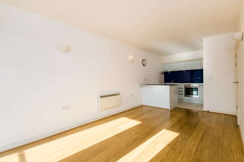 1 Bedroom Flat for sale in Deals Gateway., Deptford, SE13