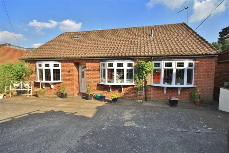 4 Bedrooms Detached Bungalow for sale in Wrotham Heath, Kent