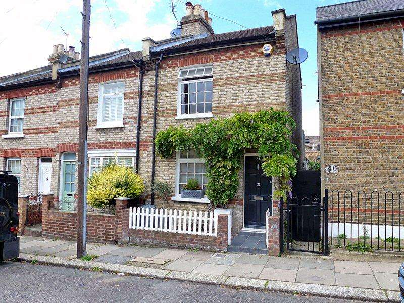 2 Bedrooms End Of Terrace House for sale in Albany Road, Brentford
