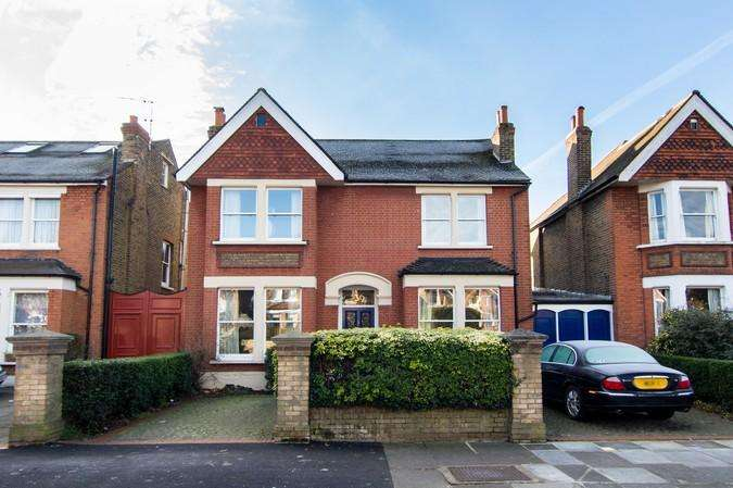 5 Bedrooms Detached House for sale in Culmington Road, Ealing