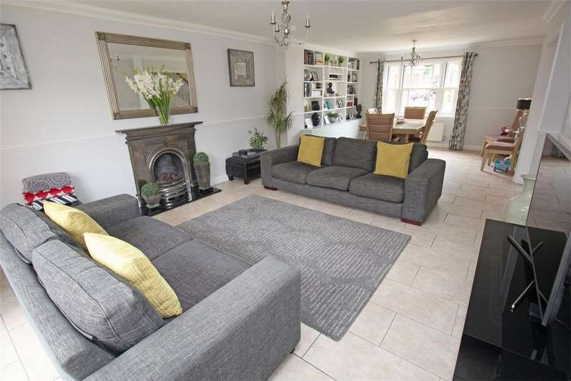 5 Bedrooms Detached House for sale in Dunwich Farm, Stevenage, Hertfordshire