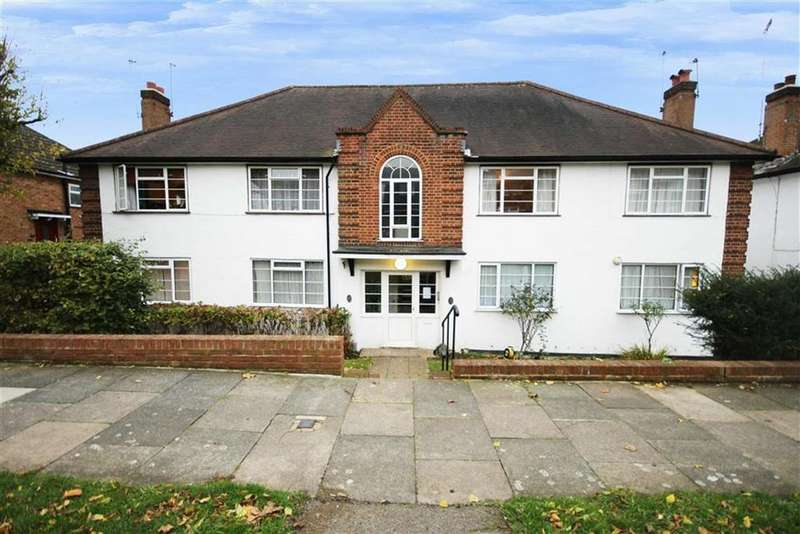 2 Bedrooms Flat for sale in Prospect Road, New Barnet, Hertfordshire