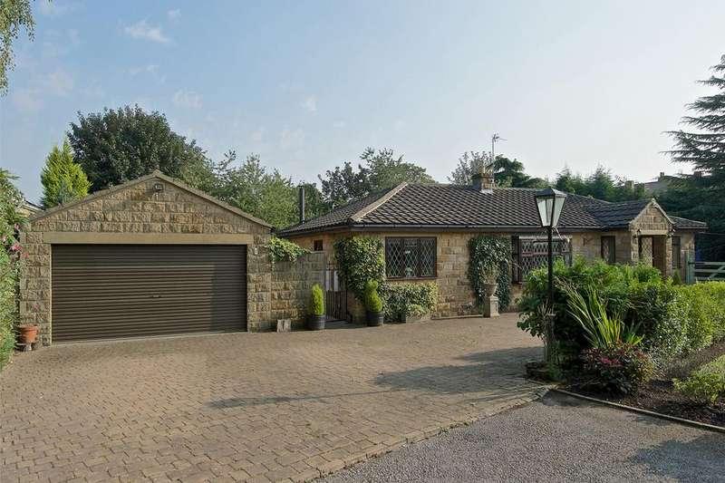 3 Bedrooms Detached Bungalow for sale in 8 Linefield Road, Upper Batley, WF17 0ES